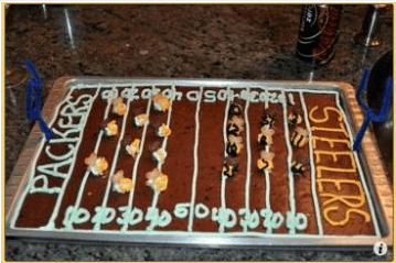 Momof6-Teddy-Graham-Superbowl-cake