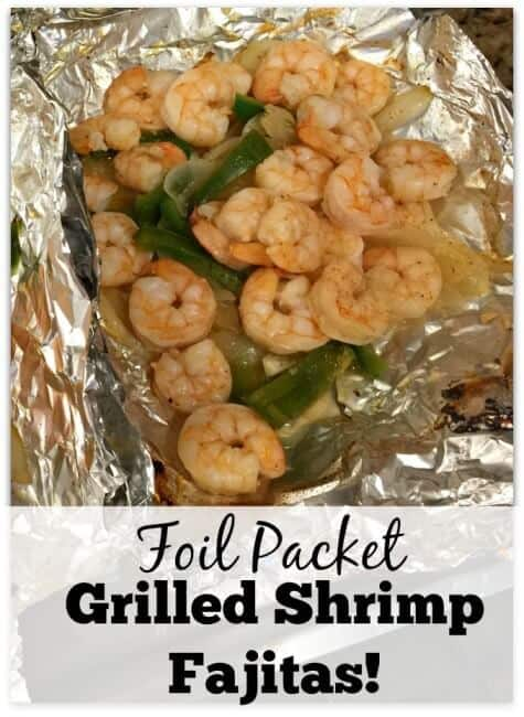 This recipe for Foil Packet Grilled Shrimp Fajitas is super simple to ...