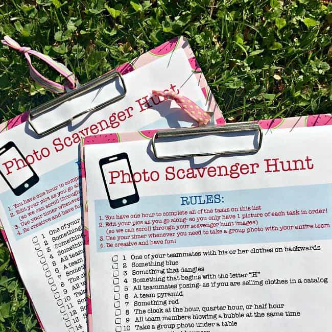 Scavenger Hunt List >> Photo Scavenger Hunt for Tweens! (free printable party ...