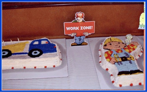 great 3 year old birthday party idea a bob the builder party momof6