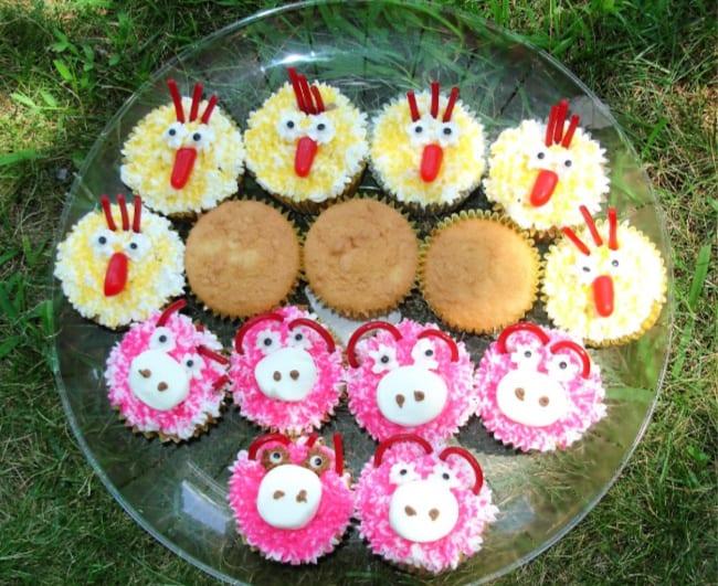 Amazing A Barnyard Birthday Party Momof6 Funny Birthday Cards Online Inifodamsfinfo