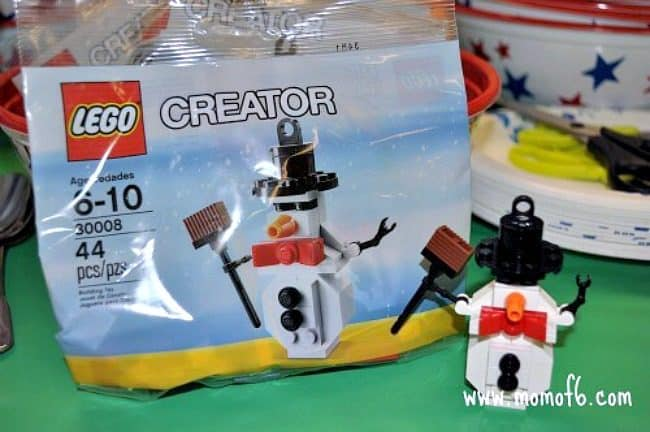 Lego birthday party craft
