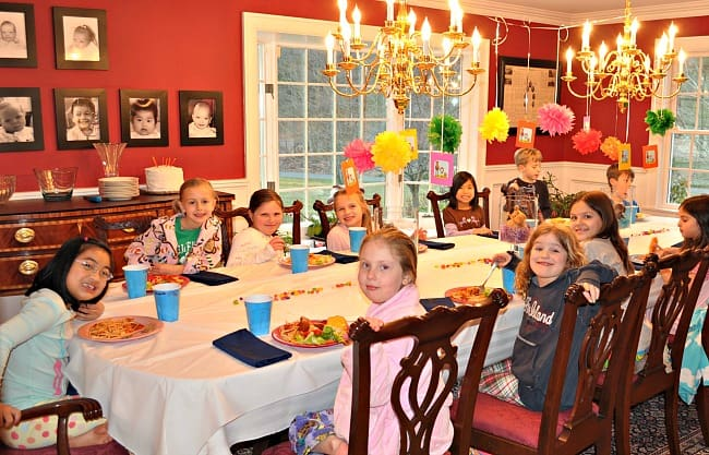 8 year old birthday party ideas 8 Year Old Girls Birthday Party Idea: Puppies and Ponies!   MomOf6 8 year old birthday party ideas