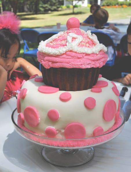Pinkalicious birthday cake