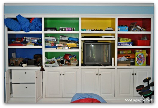 Kids Space Makeover- walls and bookshelf