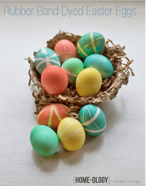 Looking for some ideas for simple Easter eggs that look amazing- but don't require a lot of mess, time, or supplies? Here are 10 awesome ways to decorate Easter Eggs!