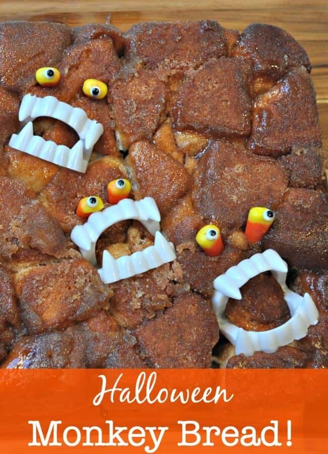 Monkey bread is an occasional weekend breakfast treat at our house- and the kids love it. So when my daughter asked me to bake some monkey bread this weekend, I decided to jazz it up a bit and make Halloween monkey bread -perfect for celebrating the season!