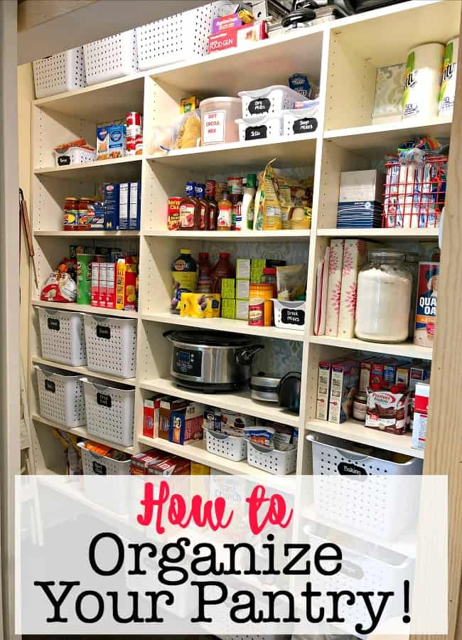 A pantry is definitely an area of the home that needs to be cleaned out and organized every few months in order to keep your kitchen under control! Here's how to organize your pantry!