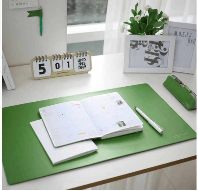 10 Ideas on How to Organize A Home Office! - MomOf6