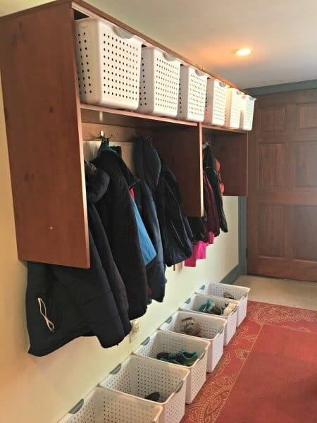 how to declutter the mudroom