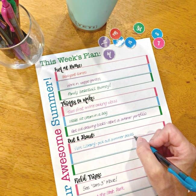 If you want to enjoy summer with your kids- it helps to have a plan! This free weekly summer schedule printable gives you a place to plan ahead so you can relax and enjoy your summer!