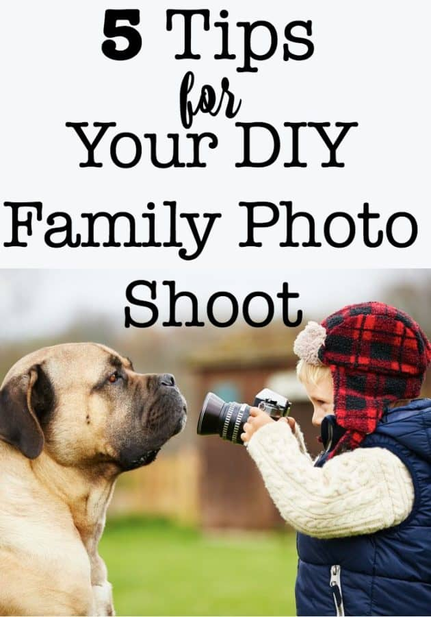 Do you find it to be a challenge to take your annual holiday family photo? Believe me- I get it! Here are my tips on how to make your DIY family photo shoot a great one!